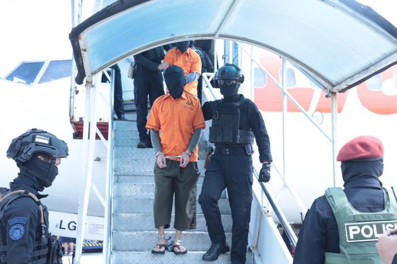 26 teroris JAD dari Gorontalo dan Makassar tiba di Jakarta