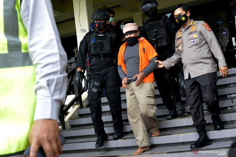 Tersangka teroris diberangkatkan ke Jakarta
