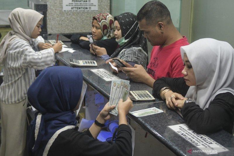 Rupiah ditutup stagnan jelang libur Idul Fitri