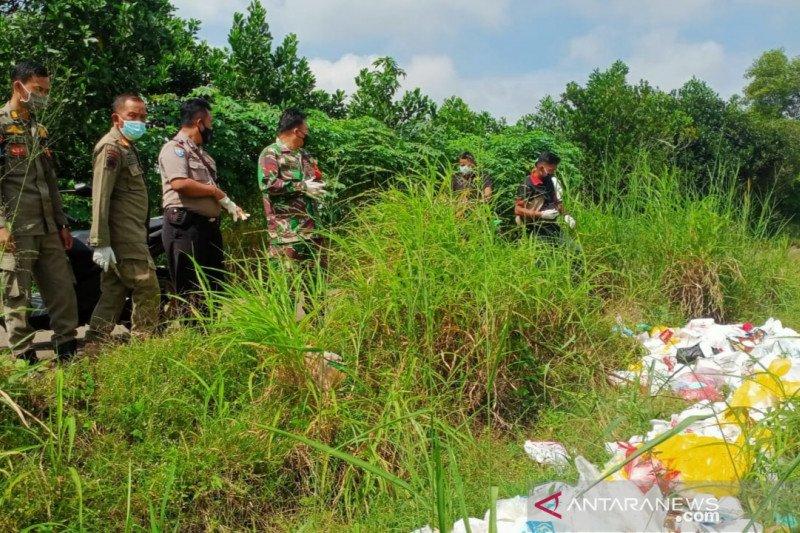 Polres Bogor kantongi identitas perusahaan pembuang sampah APD