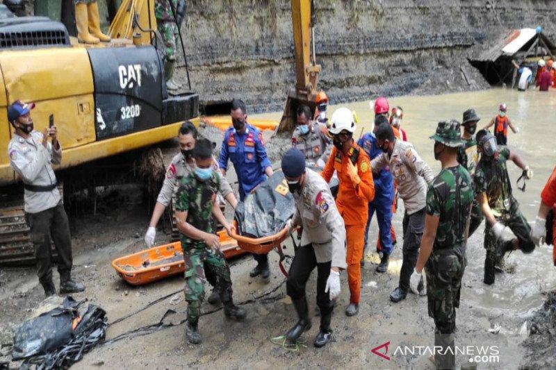 Polda Kalsel tetapkan tiga tersangka longsor tambang di Tanah Bumbu