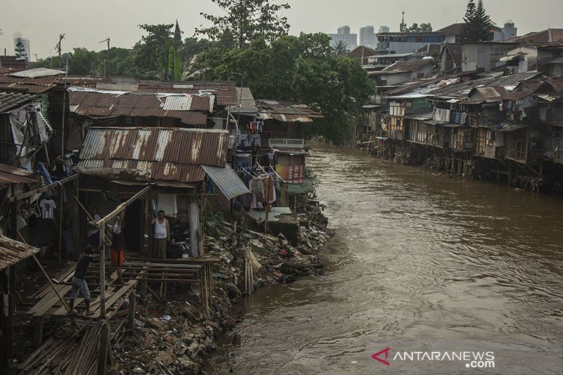 BPBD DKI kembali ingatkan warga bantaran sungai waspadai banjir
