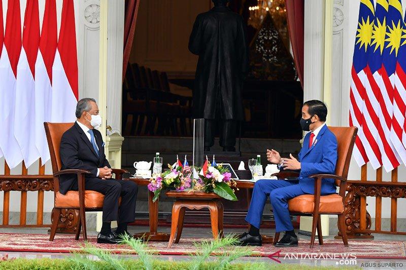 Presiden Jokowi jamu PM Malaysia Muhyiddin dengan santap siang rendang