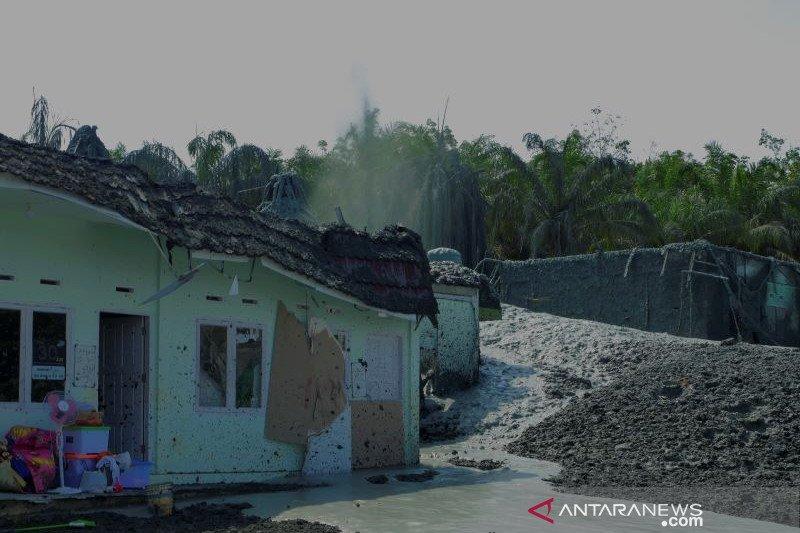 Posko jaga didirikan di lokasi semburan gas dan lumpur Riau