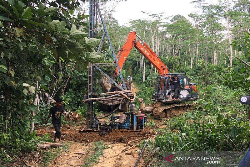 Satgas Gakkumdu Polda Jambi tutup puluhan sumur minyak ilegal
