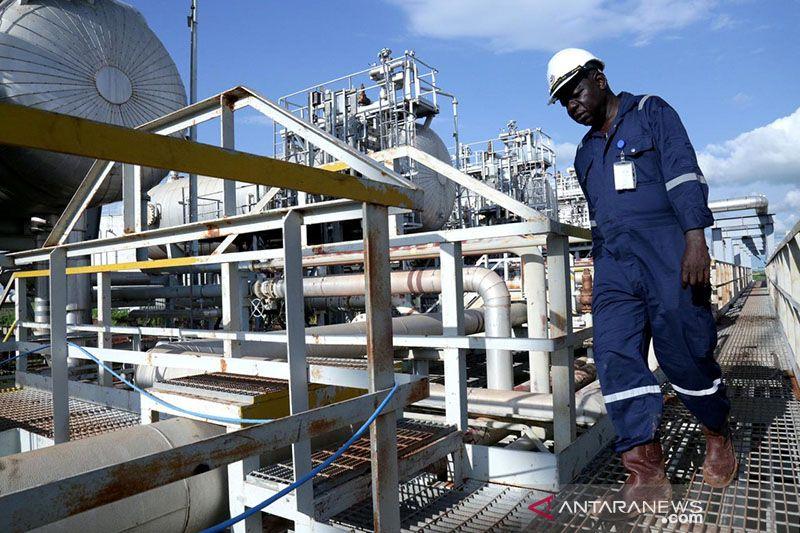 Harga minyak lanjut naik di Asia, dipicu ketakutan gangguan pasokan AS