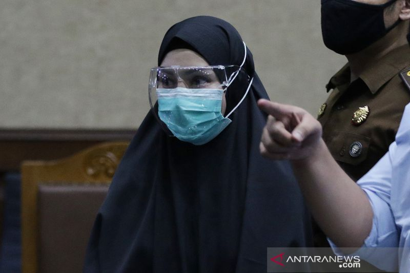 Pinangki Sirna Malasari divonis 10 tahun penjara