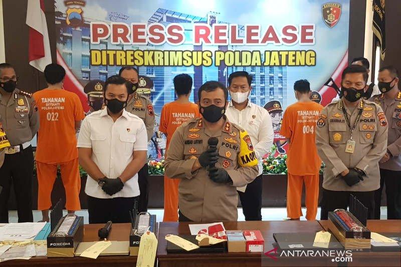 Polda Jateng bongkar sindikat pencurian pulsa telepon