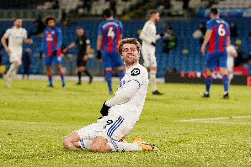 Leeds naik ke tengah klasemen setelah hantam Palace 2-0
