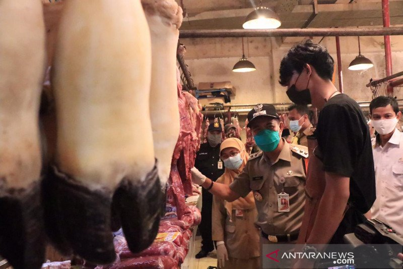 Pemkot Jakpus pastikan stok daging aman untuk Imlek 2021