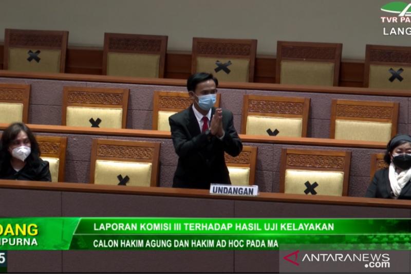 Paripurna DPR setuju tetapkan tiga calon hakim ad hoc Mahkamah Agung