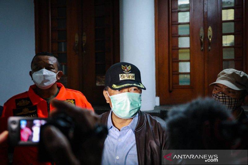 Pemkot Bandung wajibkan warga di PPKM mikro minta surat jika bepergian