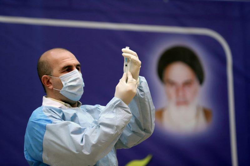 Iran laporkan rekor lonjakan kasus COVID usai liburan