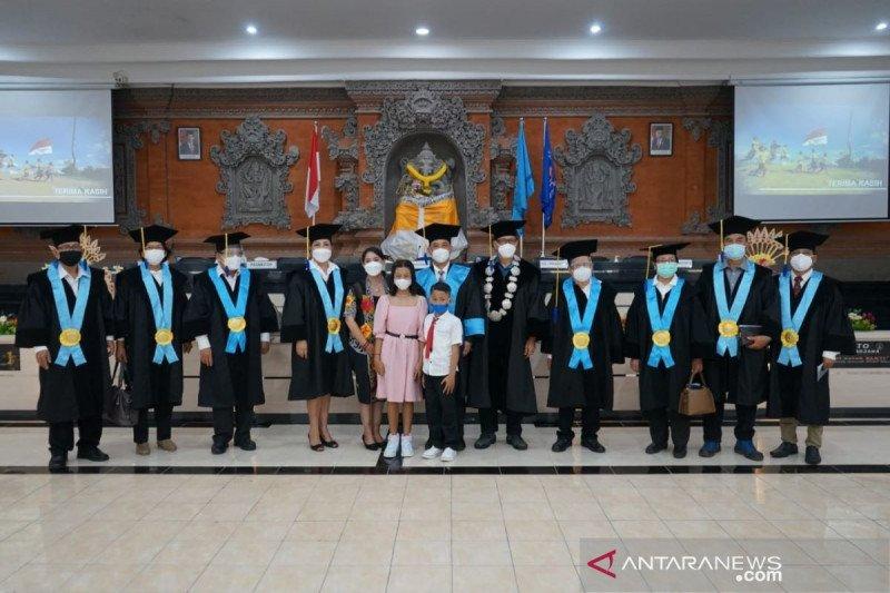 Di tengah pandemi, Kepala SMAN 1 Singaraja-Bali raih gelar doktor