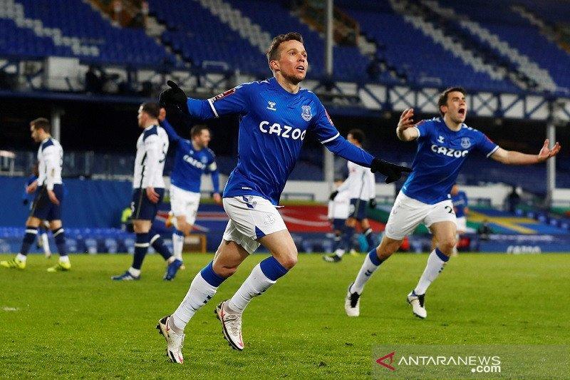 Everton singkirkan Tottenham lewat babak tambahan waktu