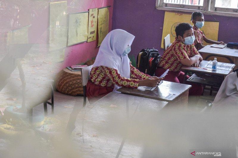 Hanya 50 persen sekolah di Pekanbaru diizinkan belajar tatap muka