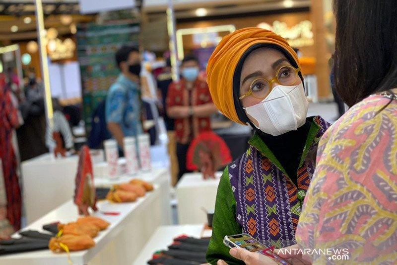 Bisa belanja fesyen dan kuliner Danau Toba di Tangerang