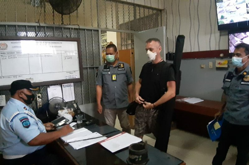 Imigrasi bakal deportasi WN Inggris yang bunuh polisi di Bali