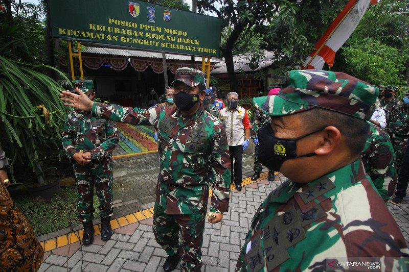 Panglima TNI kunjungi Posko PPKM Mikro di Surabaya