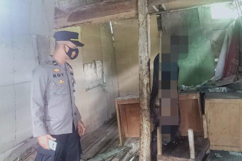 Mayat seorang laki-laki ditemukan tergantung di Lubuk Selasih, Solok