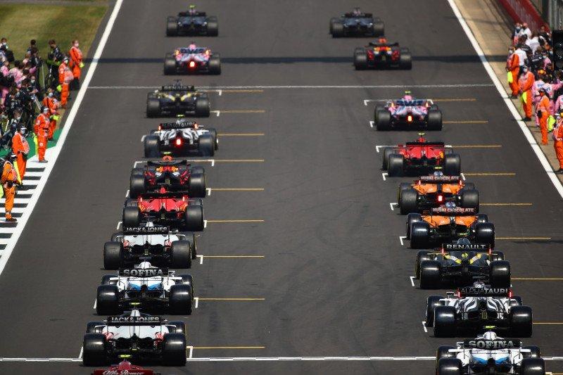 """F1 """"bekukan"""" pengembangan mesin mulai 2022, Red Bull diuntungkan"""