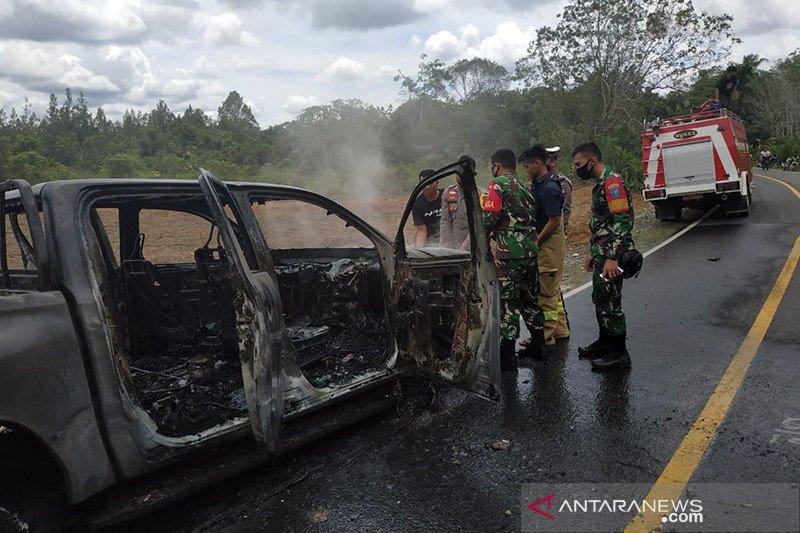 Mobil KPH Putussibau diduga dibakar di lokasi
