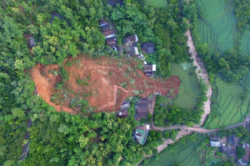 Bantu penanganan longsor Nganjuk, BPBD Jatim kirim tim tambahan