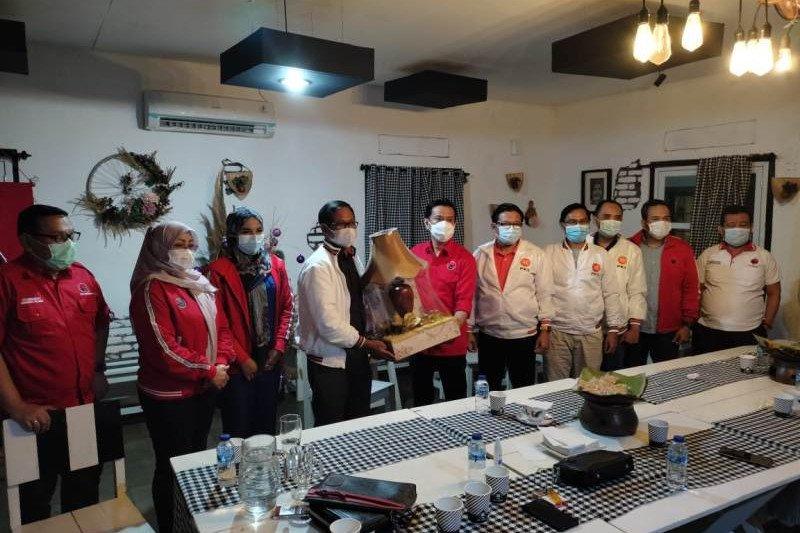 PKS buka komunikasi dengan PDI Perjuangan untuk bangun Depok bersama