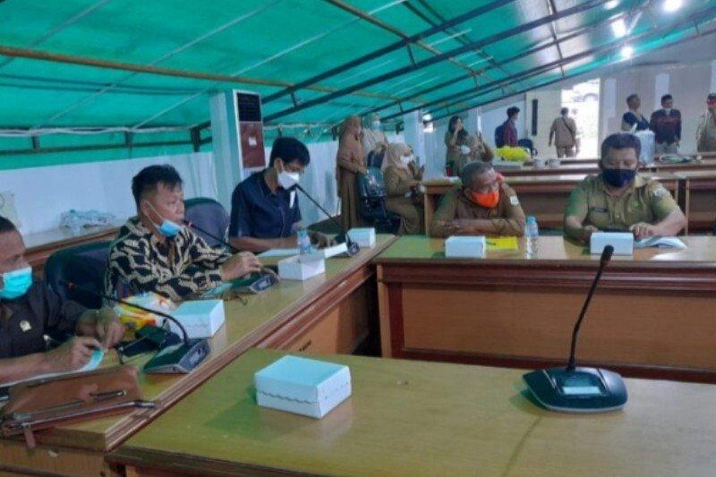 DPRD Sulbar pertanyakan dana bantuan relawan untuk penanganan gempa