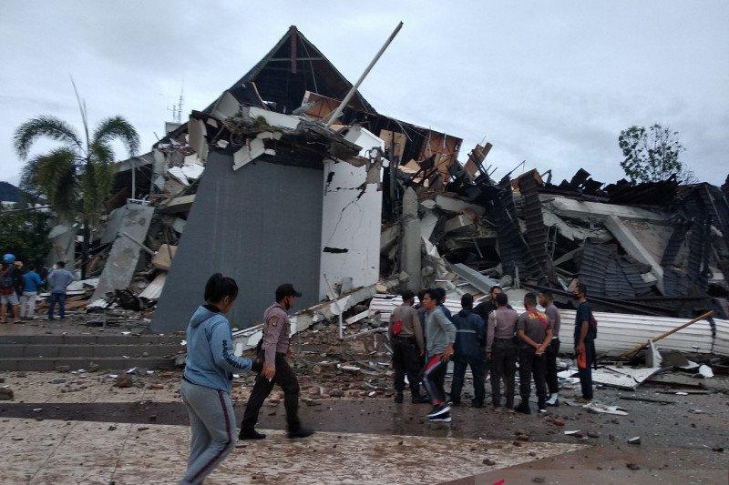 153 sekolah dan 77 kantor di Mamuju rusak terdampak gempa