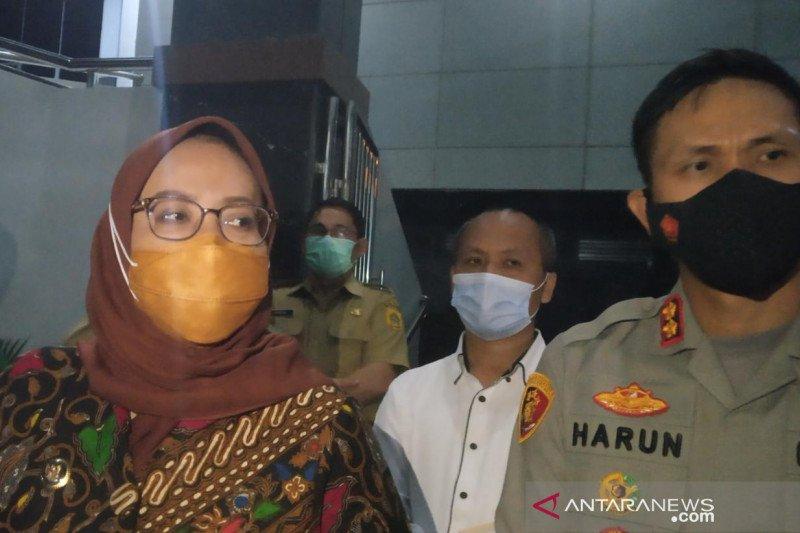 Bupati Bogor minta tindak tegas staf desa korup dana bansos pandemi