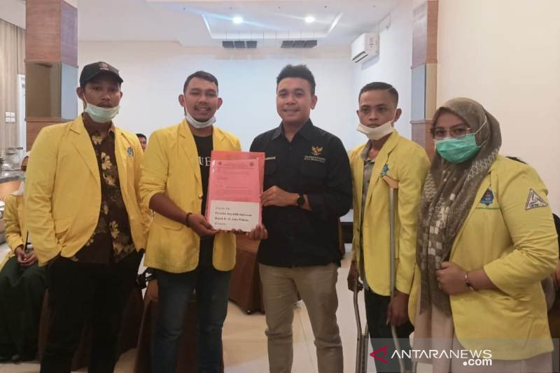Mahasiswa Aceh Barat minta bantuan Stafsus Presiden terkait pencemaran