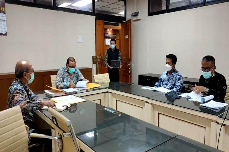 Bupati Barut  usul pembangunan jembatan dan jalan ke Kementerian PUPR