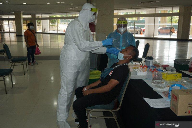 Puluhan PMI di Malaysia tes usap PCR sebelum pulang ke Medan