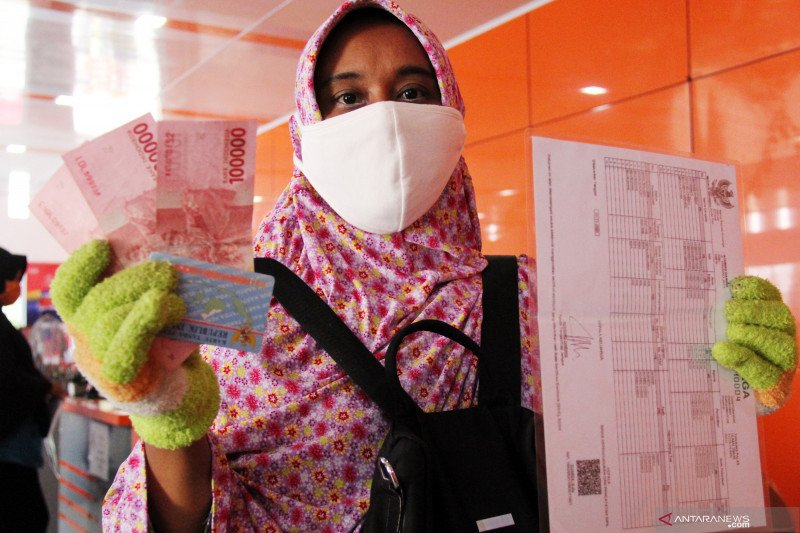 Bansos, pertolongan pertama saat pandemi