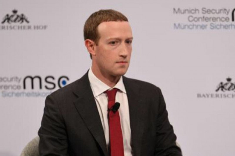 Data Facebook Mark Zuckerberg ikut bocor