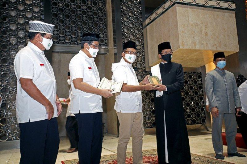 YMSM wakafkan 3 ribu Al Quran ke Istiqlal