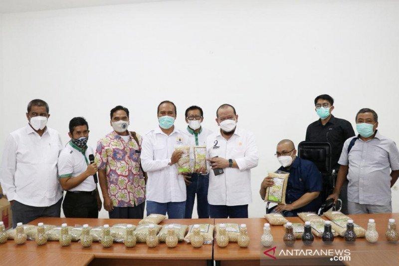 Ketua DPD terima aspirasi produsen kedelai di Jember