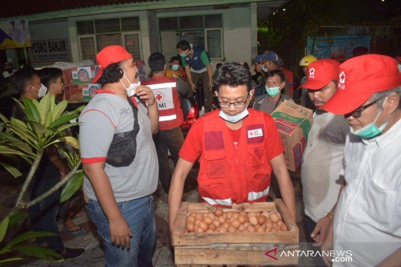 PMI Tangerang salurkan bantuan ke 9 titik pengungsian di Karawaci