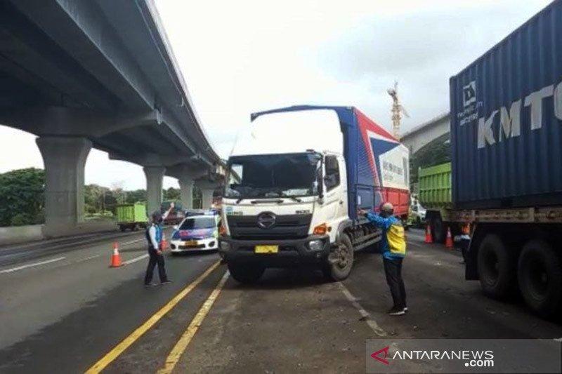 Jasa Marga memberlakukan contraflow di tol Japek arah Jakarta