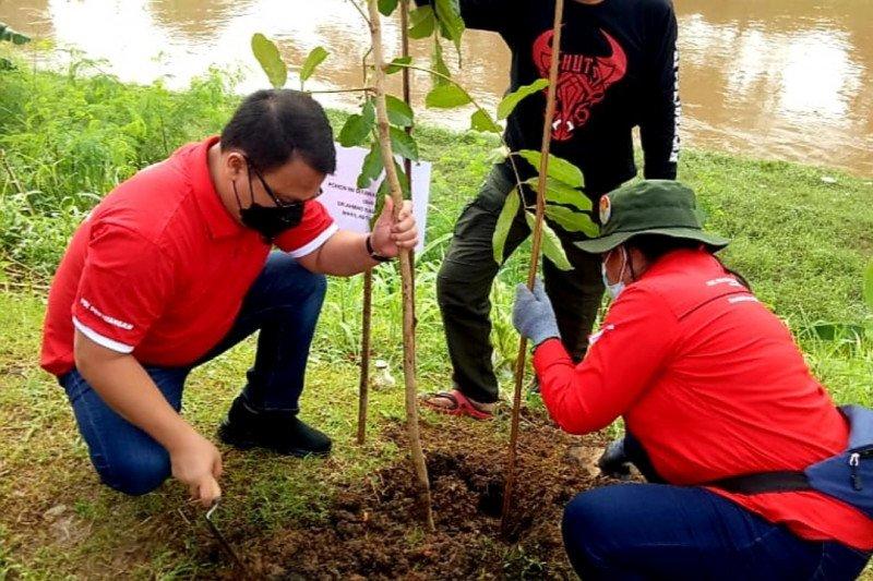 Ahmad Basarah tegaskan bersih sungai agenda wajib PDIP se-Indonesia