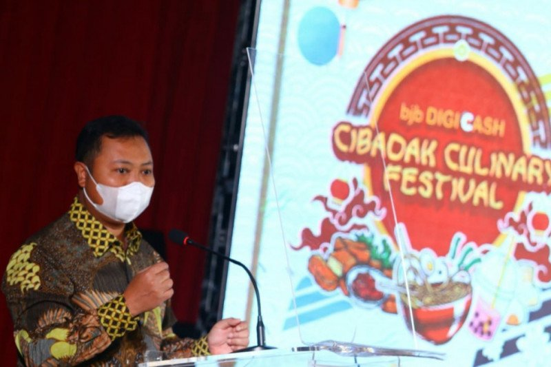 BJB dorong penggunaan QRIS di Cibadak Culinary Night Festival