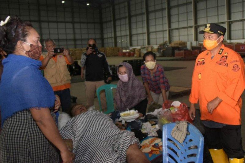 Wagub Jabar Uu Ruzhanul tinjau banjir di Bekasi