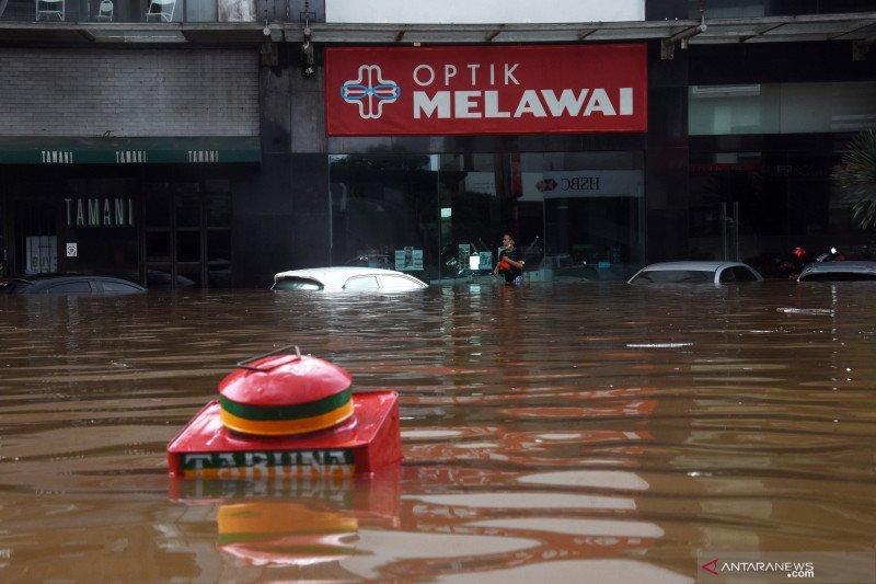 Sepekan Jakarta, pansus banjir hingga penertiban skateboard