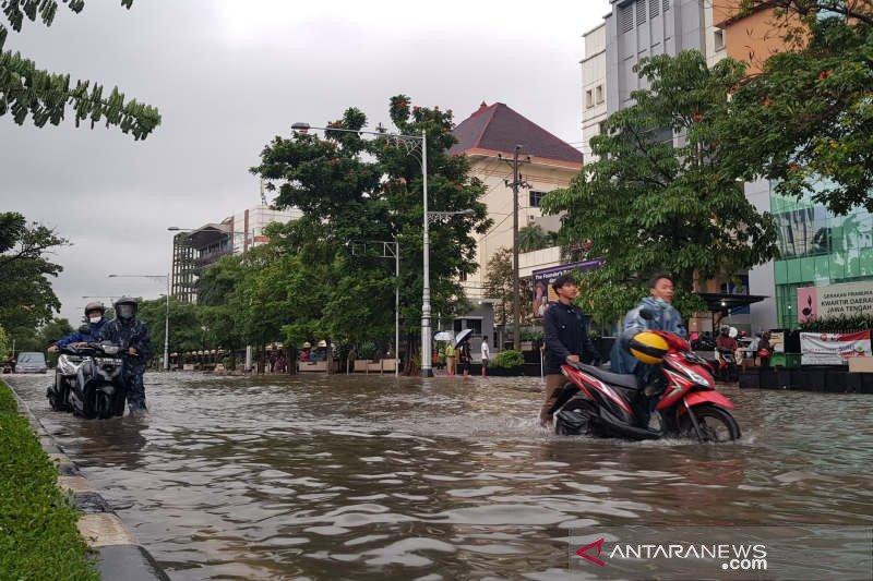 Banjir simpang lima