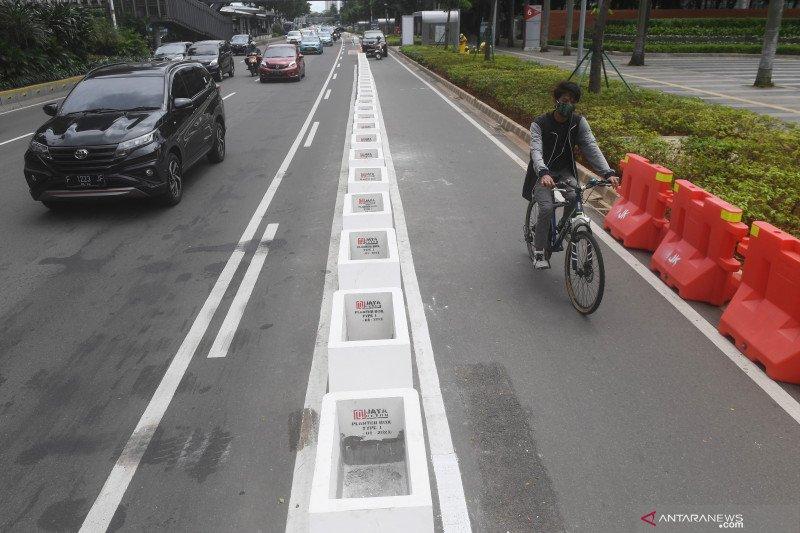 Jalur sepeda permanen di Sudirman-Thamrin ditargetkan Maret 2021