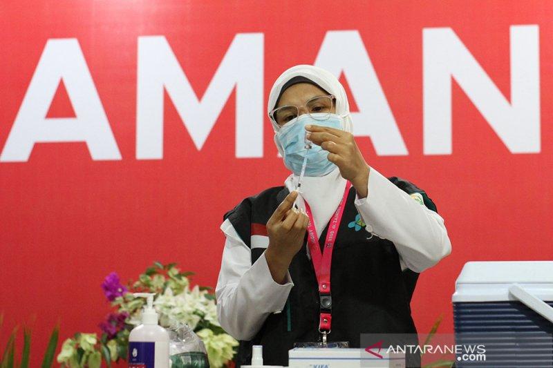 49. 667 nakes Aceh sudah disuntik vaksin COVID-19