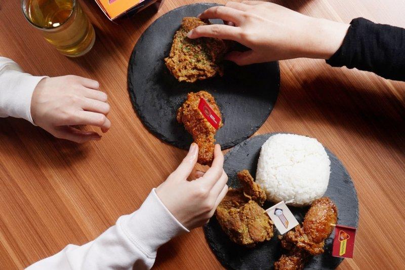 Hangry luncurkan menu baru untuk pencinta ayam goreng ala Korea
