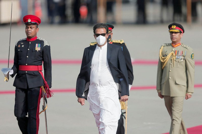 Dua hari usai divaksin, PM Pakistan dinyatakan positif COVID-19