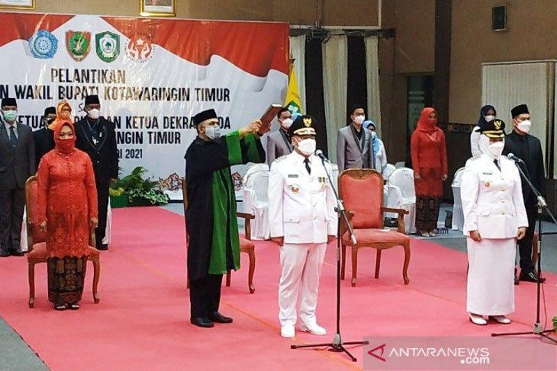 Halikinnor-Irawati resmi jadi Bupati dan Wakil Bupati Kotim